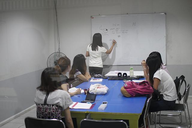 空港からたった3キロ、空港から一番近い語学学校