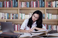 アメリカ留学奨学金プログラム
