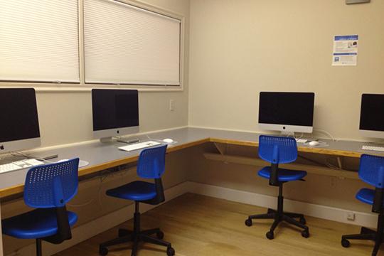 Boston School of Modern Languages (BSML)