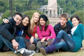 カナダの多文化社会で国際交流