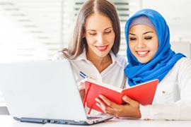 多文化環境で様々な英語に触れる