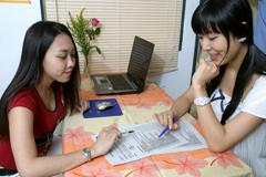 Q17.授業は全て英語ですが、初心者でも理解できますか?