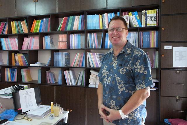 国内最多規模のネイティブ講師が在籍するクラークの老舗語学学校