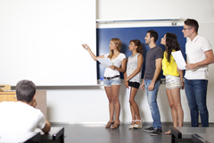Q4.日本人の少ない学校を選ぶことはできますか?
