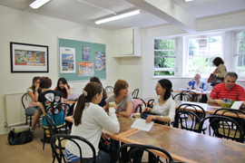 Eastbourne School of English (ESOE)